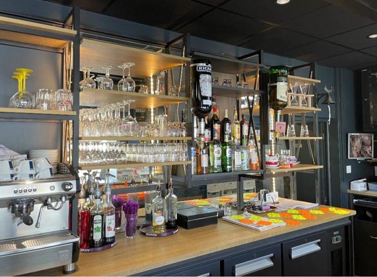 fabrication piste de bar inox