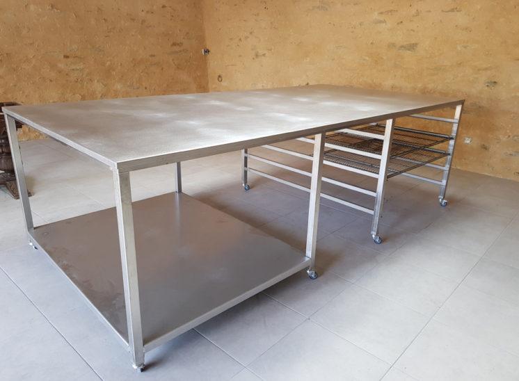 TABLE BOULANGER INOX